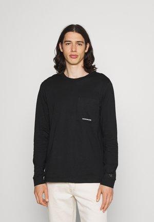 MICRO BRANDING POCKET TEE - Maglietta a manica lunga - black