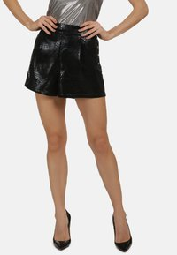 faina - Shorts - black - 0