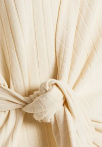 Nly by Nelly - LUXURIOUS WRAP - Topper langermet - offwhite - 3