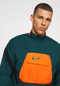 Nike Performance - FC ANORAK - Veste de survêtement - black/atomic teal - 3