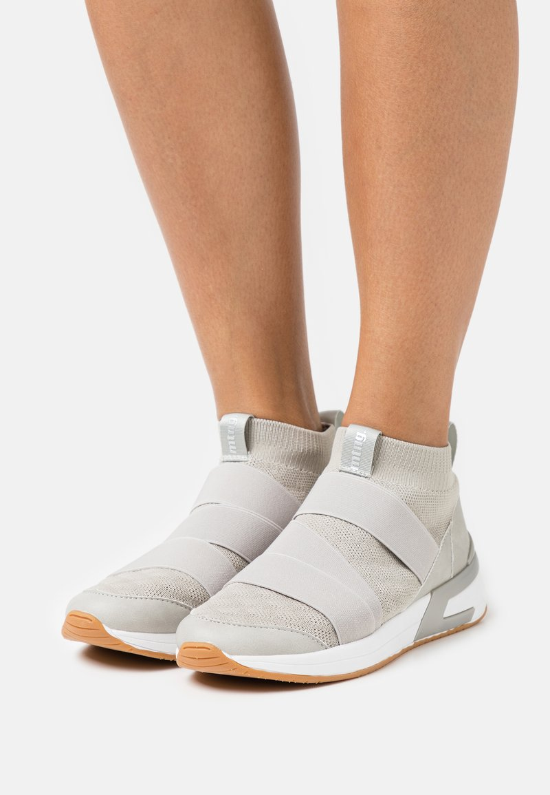 mtng - ALEXIA - Sneakersy wysokie - gris