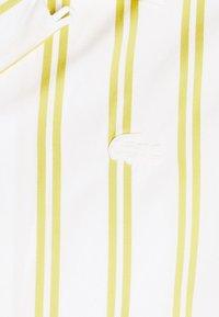 Lacoste LIVE - UNISEX - Shirt - flour/pineapple - 2