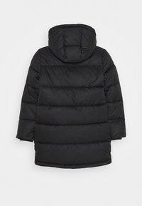 Calvin Klein Jeans - ESSENTIAL PUFFER - Zimní kabát - black - 1