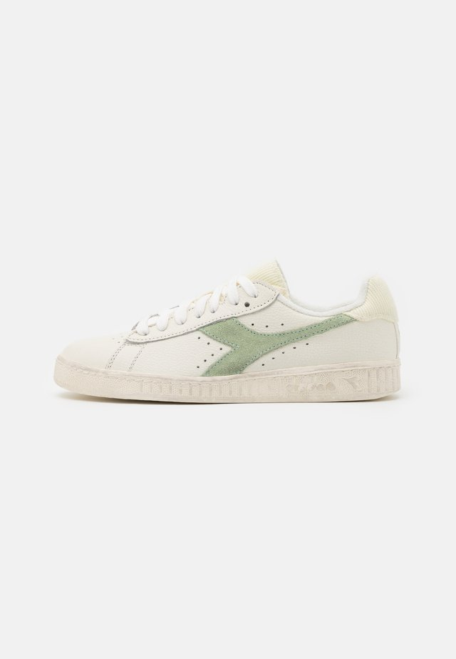 GAME ICONA  - Sneakers laag - white/celadon green