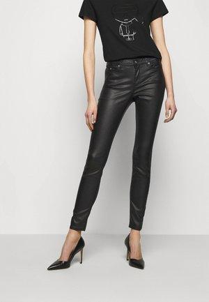 METALLIC  - Skinny džíny - black