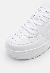 Kappa - BASH - Sports shoes - white - 5