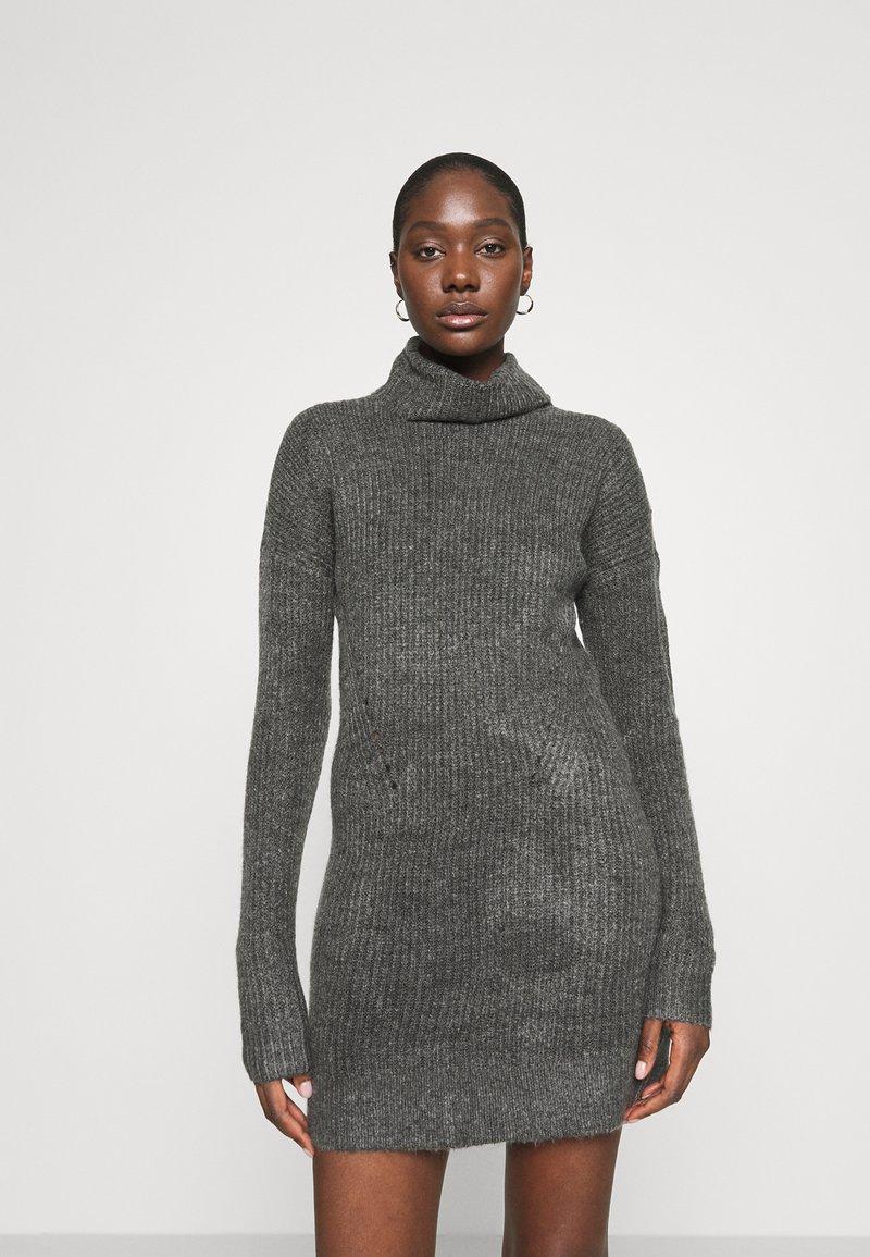 Abercrombie & Fitch - TEXTURAL CREW DRESS - Jumper dress - dark gray heather