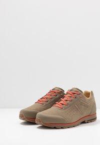 Mammut - ALVRA - Hiking shoes - oak/pepper - 2