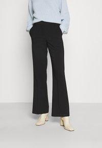 Vero Moda - VMOBAJA PANTS - Bukse - black - 0