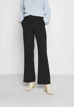 VMOBAJA PANTS - Kalhoty - black