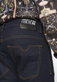 Versace Jeans Couture - DRILL - Skinny-Farkut - light-blue denim - 3