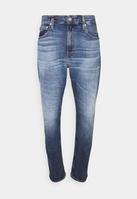 Calvin Klein Jeans - SLIM TAPER - Zúžené džíny - denim medium - 3