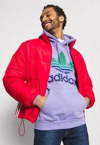 adidas Originals - OMBRE UNISEX - Sweatshirt - light purple - 3