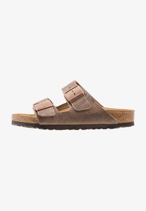 ARIZONA - Slippers - tabacco brown