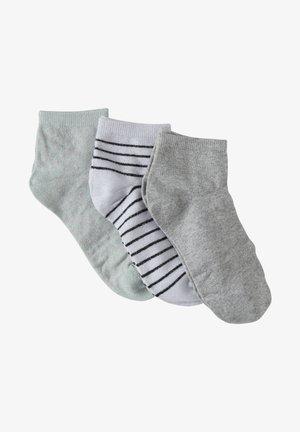 3 PACK - Socks - 3 pack