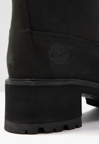 Timberland - KINSLEY 6 IN WP BOOT - Bottines à lacets - black - 2