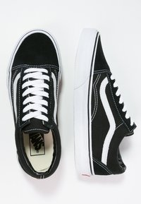 Vans - OLD SKOOL - Skate shoes - black - 5