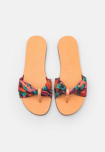 YOU TROPEZ - T-bar sandals - peach