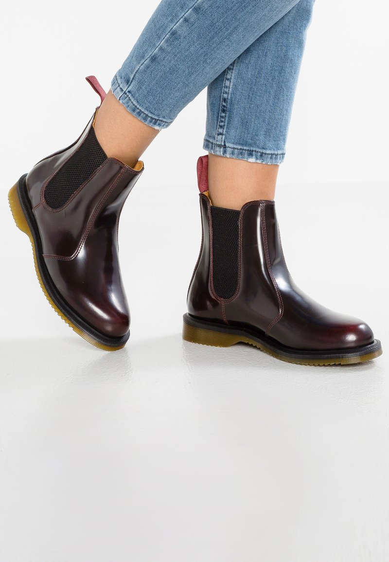 Dr. Martens - FLORA CHELSEA BOOT ARCADIA - Stiefelette - rot