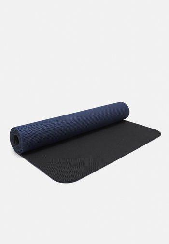 LIGHTWEIGHT TRAVEL MAT 4MM UNISEX - Fitness/jóga - dark blue grey