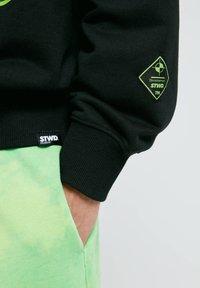 PULL&BEAR - Sweatshirt - mottled black - 5