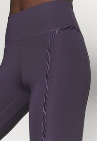 Nike Performance - ONE LUX - Legging - dark raisin/black/clear - 5