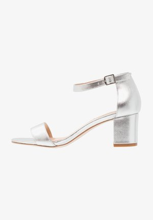 LEATHER HEELED SANDALS - Sandály - silver