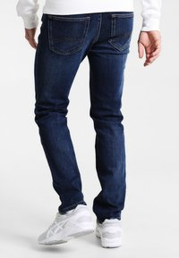 Mustang - TRAMPER - Slim fit jeans - stone washed - 2