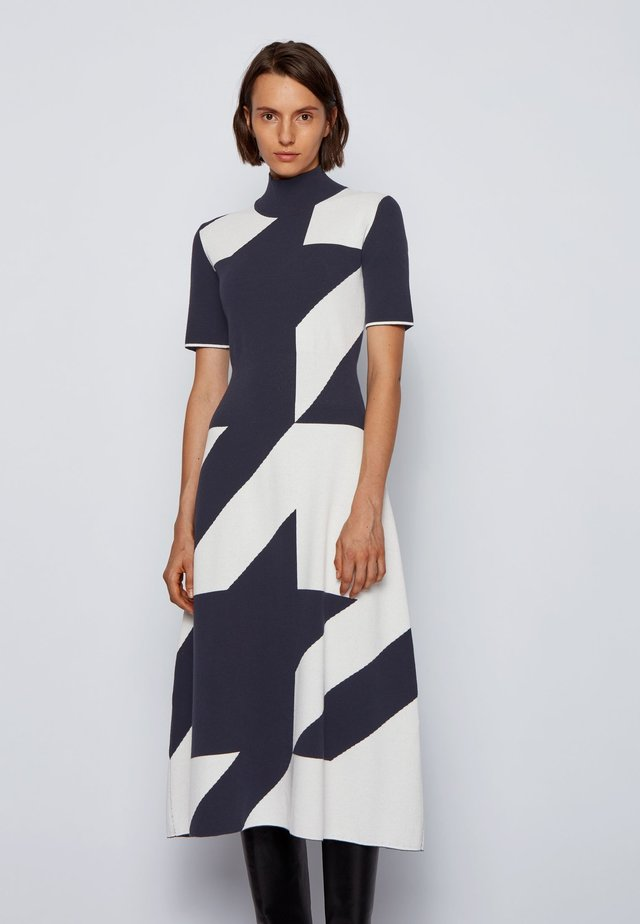 FIAHE - Day dress - patterned