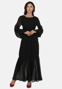 faina - Maxi dress - schwarz - 0