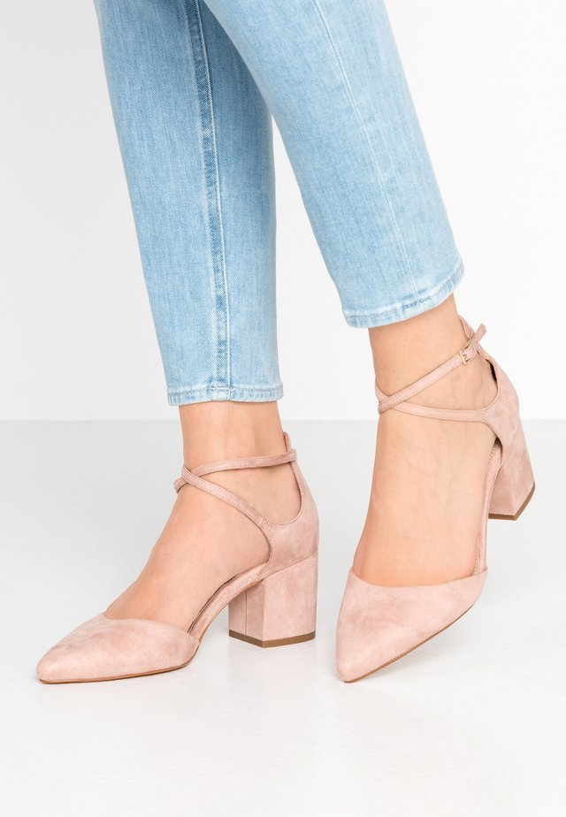 BROOKSHEAR WIDE FIT - Klassieke pumps - light pink