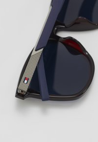 Tommy Hilfiger - Sunglasses - blue - 3