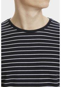 Matinique - JERMANE SAILOR - Print T-shirt - black - 3