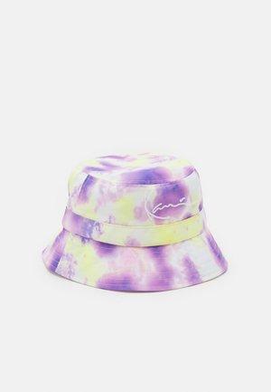 SIGNATURE TIE DYE BUCKET HAT - Chapeau - lilac/yellow