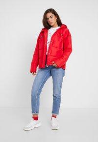 Ellesse - PEJO - Lehká bunda - red - 1