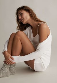 OYSHO - Pyjama top - white - 5