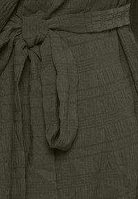 ICHI - IXHELEN DR - Cocktail dress / Party dress - beech - 4