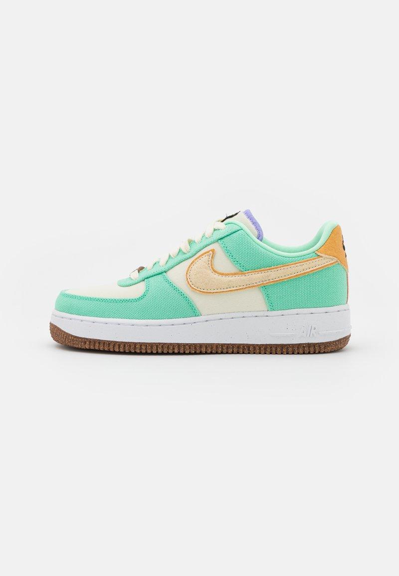 Nike Sportswear - AIR FORCE 1 - Sneakers - green glow/coconut milk/metallic gold/purple pulse/apricot agate