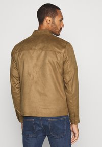 Topman - POCKET SUEDETTE - Giacca in similpelle - tan - 2