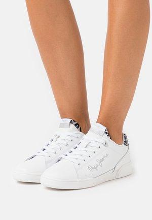 LAMBERT LOGO - Trainers - white