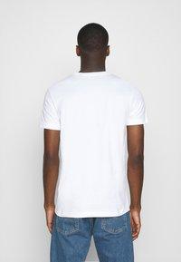 Diesel - T-DIEGOS-X40 - Camiseta estampada - white - 2