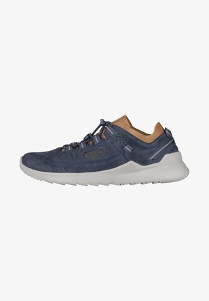HIGHLAND - Chaussures de course - blue nights/drizzle