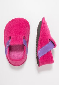 Crocs - CLASSIC - Slippers - candy pink - 0