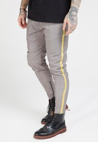 SIKSILK - FITTED SMART TAPE JOGGER PANTS - Trousers - grey - 0