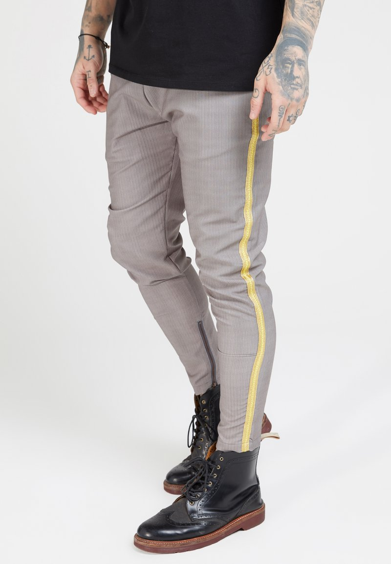 SIKSILK - FITTED SMART TAPE JOGGER PANTS - Bukser - grey
