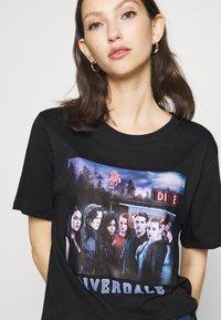 Gina Tricot - ELLEN TEE  - Print T-shirt - black - 4