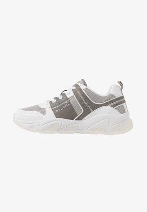 CEYDA - Trainers - white/grey