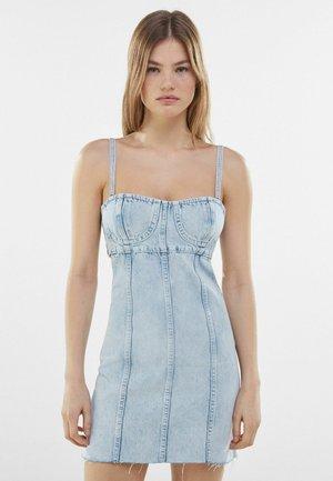 MIT CUT-OUT-TAILLE  - Denimové šaty - light blue