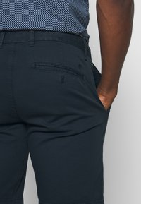Marc O'Polo - Shorts - total eclipse - 4