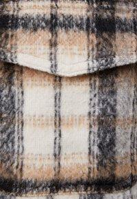 Bershka - KARIERTE - Lehká bunda - brown - 5